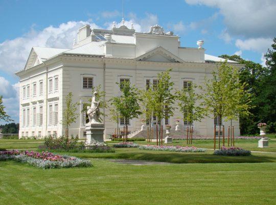 Pałac w Zatroczu